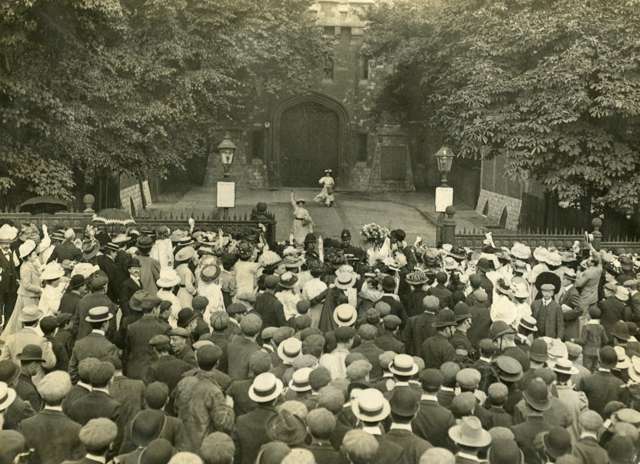 Crowds at the gates of Holloway Prison - Release of Mary Leigh and Edith New